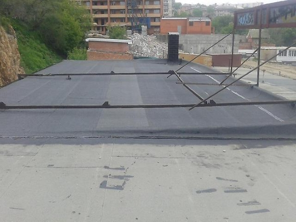 Как покрыть крышу гаража бикростом своими руками фото 963